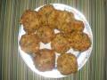 Placuszki z makaronu - placuszki z makaronu;placuszki;przekąska;kiełbaska;parówka;ser;pietruszka;karnawał
