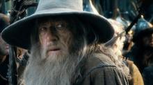 """""""Hobbit: Bitwa Pięciu Armii"""" – Czarodziej ze złamanym kosturem - recenzja;Hobbit: Bitwa Pięciu Armii;fantasy;Peter Jackson;Hobbit;krasnolud;elfy;trylogia;finał;bitwa;Tolkien;skarb;Erebor"""