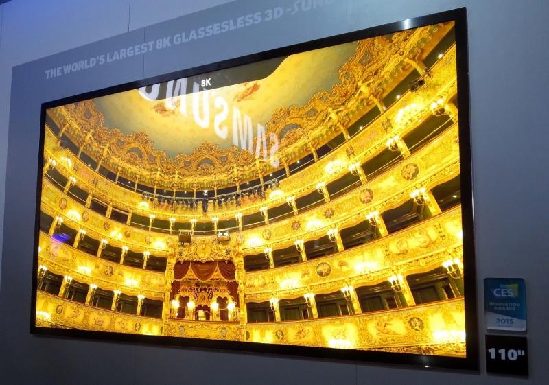 Telewizor 3D 8K 110 cali marki Samsung na targach CES http://www.flickr.com/photos/robpegoraro