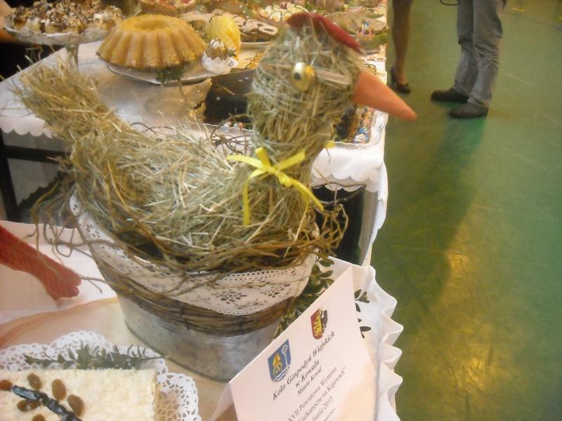 Inne stoły, kura ze słomy (fot. ZJ)