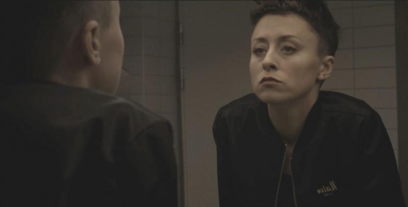 """Natalia Przybysz (źródło: youtube.com; zrzut ekranu z oficjalnego teledysku do piosenki """"Miód"""")"""