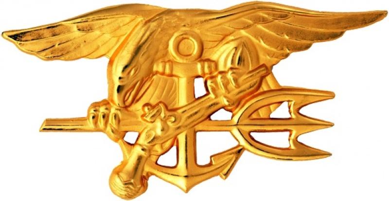 Insygnia Navy SEALs (źródło: wikimedia.org)