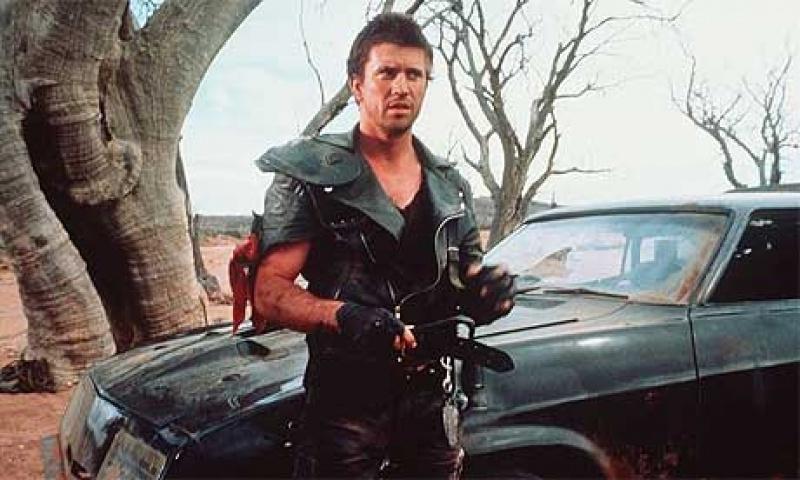 Mal Gibson jako Mad Max (źródło: www. cometoverhollywood.com)