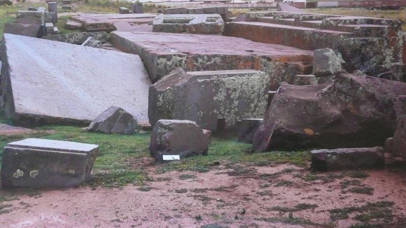 Widok na ruiny Puma Punku (fot. Igor Witkowski)