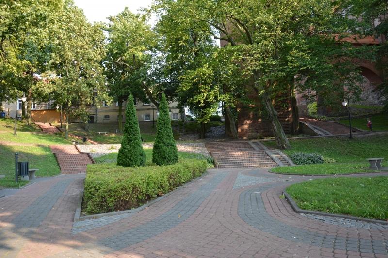 Zamek kapituły pomezańskiej - park (fot. PaM)