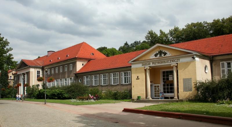 Szczawno-Zdrój, Zakład Przyrodoleczniczy (źródło: wikimedia.org)
