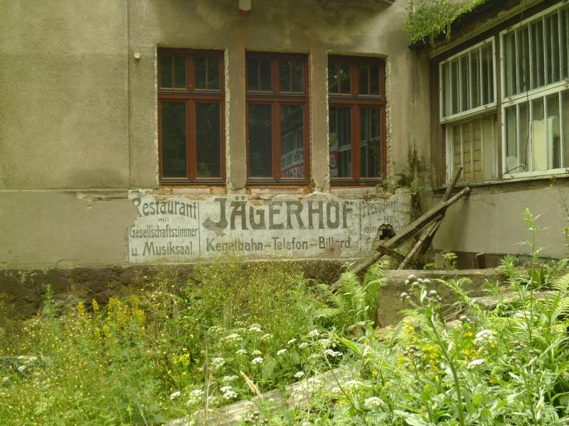 Szczawno-Zdrój i dawna poniemiecka restauracja, zachowany szyld (fot. Jaromir Zawrot)