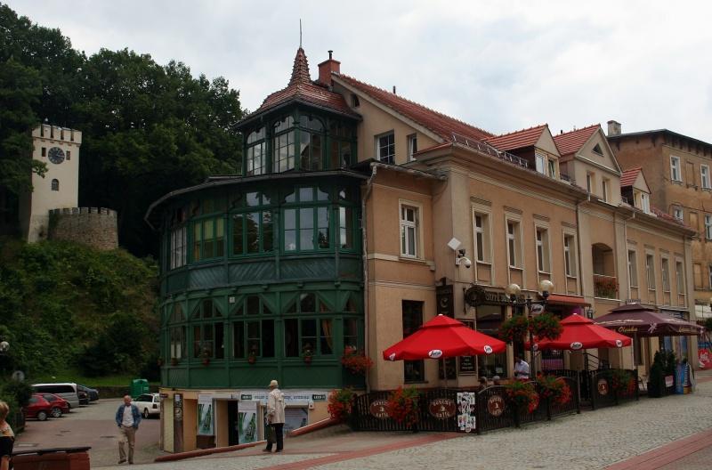 Szczawno-Zdrój, dawny pensjonat (źródło: wikimedia.org)