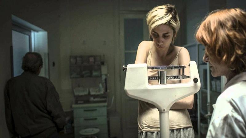 """Kadr z filmu: """"Body/Ciało"""" (źródło: youtube.com)"""