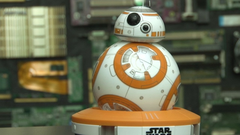 BB-8 (źródło: youtube.com/screenshot)