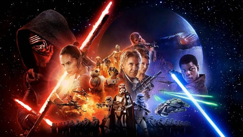 """Oficjalny plakat z filmu """"Gwiezdne wojny: Przebudzenie Mocy"""" (źródło: youtube.com)"""