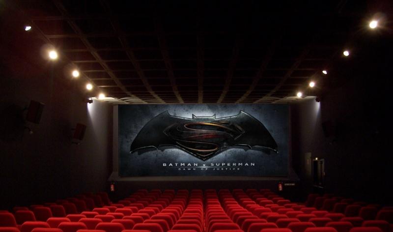 """Kino, na ekranie """"Batman v Superman: Świt sprawiedliwości""""  https://www.flickr.com/photos/32992275@N03/"""