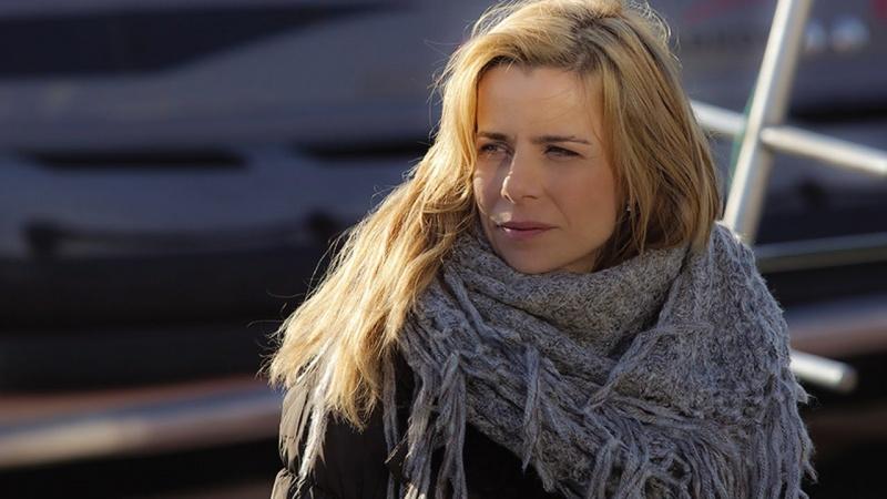 """Agata Kulesza (kadr z serialu """"Krew z krwi""""; źródło: youtube.com/screenshot)"""