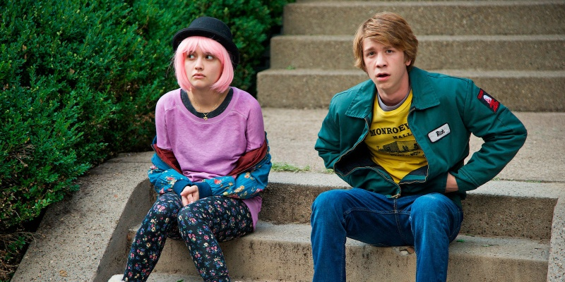 """Kadr z filmu """"Earl i ja, i umierająca dziewczyna"""" (źródło: youtube.com)  http://www.failedcritics.com"""