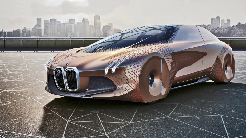 BMW Vision Next 100 (źródło: youtube.com/screenshot/YouCar)