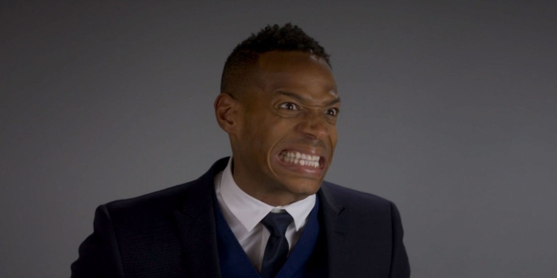 """Kadr z filmu """"Pięćdziesiąt twarzy Blacka"""" (źródło: youtube.com)"""