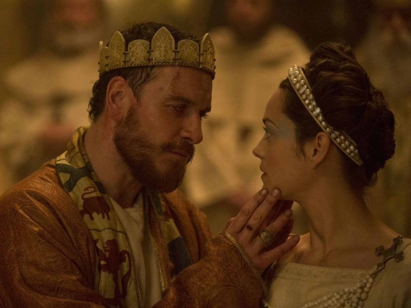 "Kadr z filmu ""Makbet"" http://blogs.indiewire.com/theplaylist/review-justin-kurzels-bloody-muddy-mighty-macbeth-starring-michael-fassbender-and-marion-cotillard-20151202"