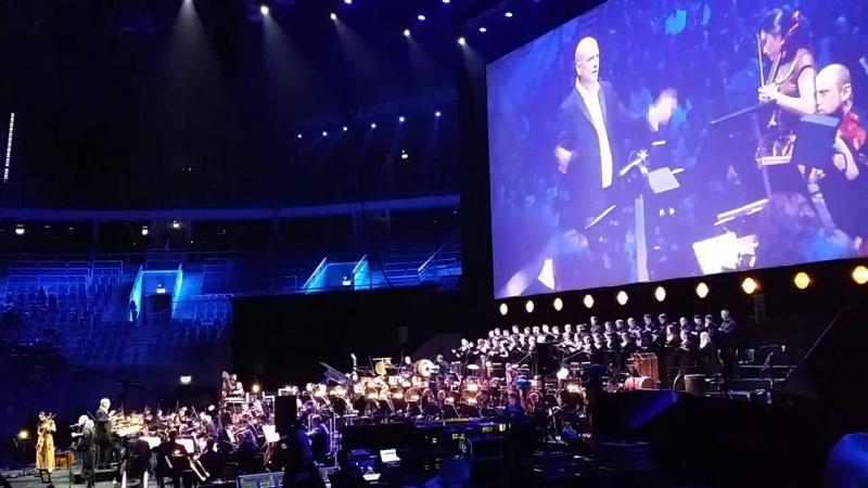 """Festiwal Muzyki Filmowej, edycja z 2015 roku – Trevor Morris i muzyka z serialu """"Wikingowie"""" (źródło: youtube.com/screenshot)"""