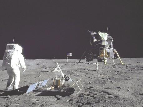 Czy byliśmy na księżycu? - księżyc;człowiek;lądowanie;tajemnica;sonda;czy byliśmy na księżycu;astronauci na księżycu;apollo 11;