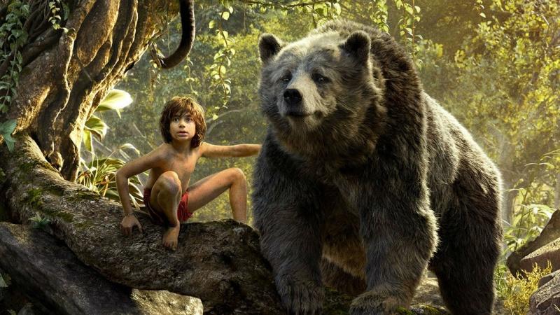 """Kadr z filmu """"Księga dżungli"""" (źródło: youtube.com)"""