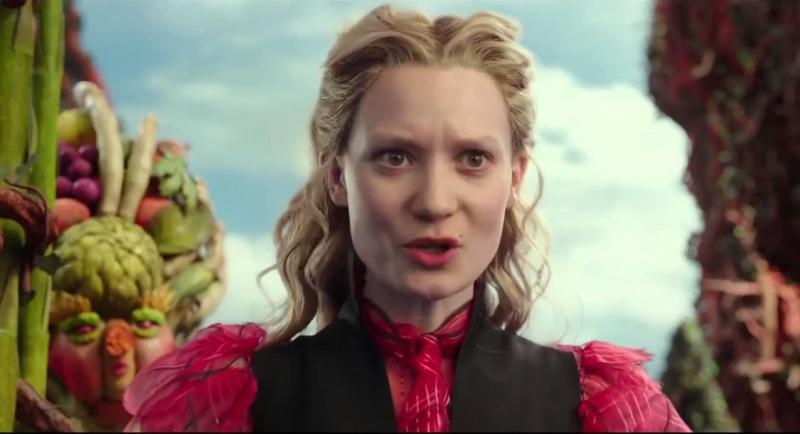 """Kadr z filmu """"Alicja po drugiej stronie lustra"""" (źródło: youtube.com)"""