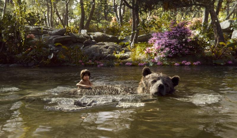 "Kadr z filmu ""Księga dżungli"" http://www.flickeringmyth.com"