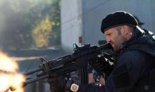 Jason Statham – jednoosobowa armia - Jason Statham;aktor;twardziel;macho;sztuki walki;pływak;sport;Adrenalina;Transporter;Angielska robota;kino akcji;Anglik;trenowanie;sylwetka;wyćwiczony