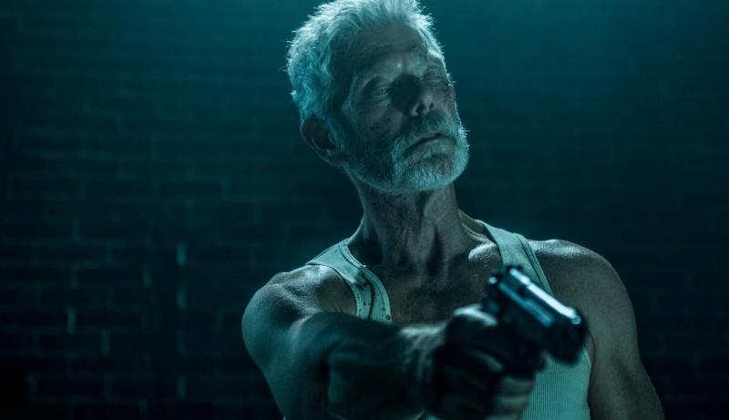 """Kadr z filmu """"Nie oddychaj"""" (źródło: youtube.com)"""