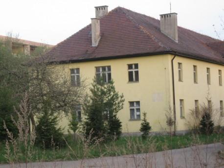 budynek koszarowy  (aut. zdj.: Marta Możdżeń)