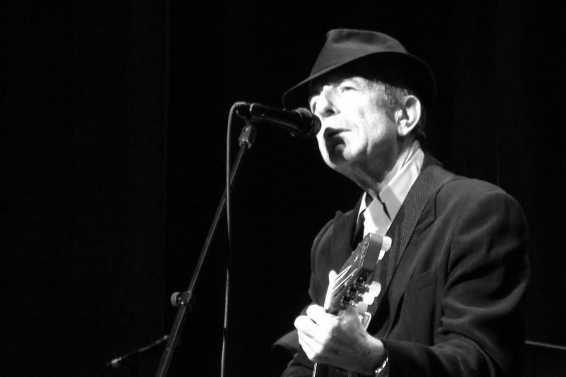 Leonard Cohen (źródło: wikimedia.org/Rama)
