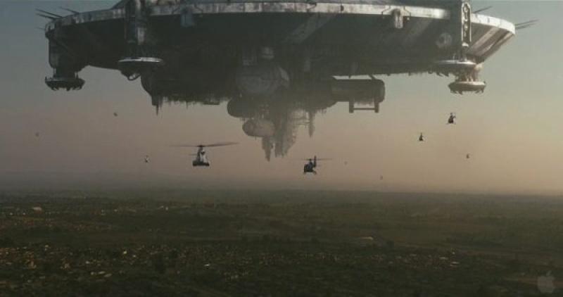 """Kadr z filmu """"Dystrykt 9"""" (źródło: youtube.com)"""