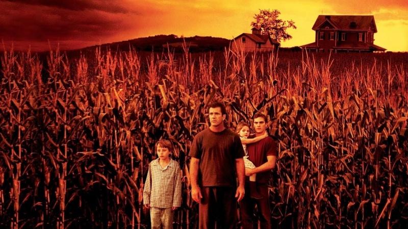 """Kadr z filmu """"Znaki"""" (źródło: youtube.com/screenshot)"""