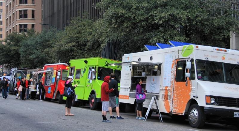Food Trucki (źródło: wikimedia.org/Larry D. Moore)