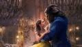 """""""Piękna i Bestia"""" – Piękna z Bestią jest! -  recenzja;Piękna i Bestia;baśń;romans;musical;odświeżona;wersja;opowieść;adaptacja;Bill Condon;Emma Watson;Bella;Dan Stevens;Bestia;Luke Evans;Disney;magia;morał;miłość;para"""