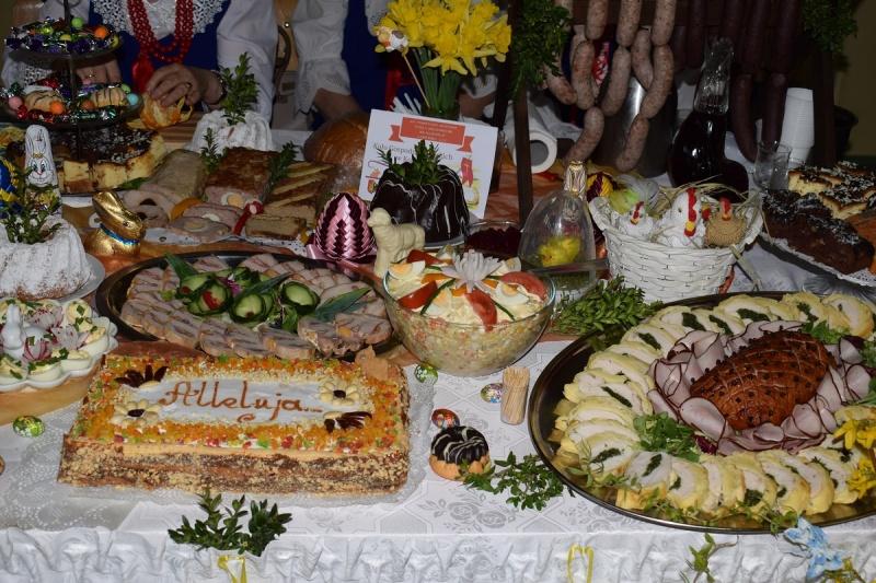 """XIX Powiatowa Wystawa """"Stoły Wielkanocne na Kujawach"""" - Lubraniec 2017 (fot. PJ)"""