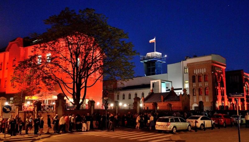 Muzeum Powstania Warszawskiego podczas Nocy Muzeów 2013 (źródło: wikimedia.org/Adrian Grycuk)