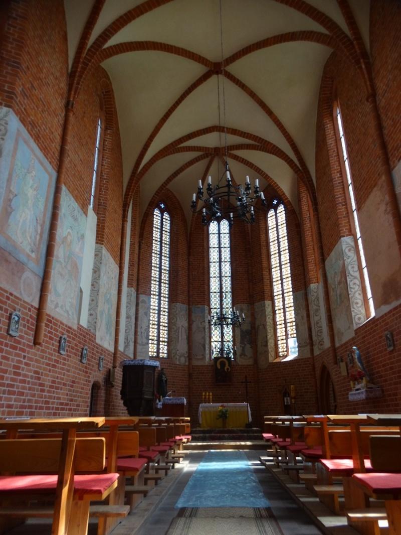 Dzień IV - Wnętrze kaplicy Templariuszy z XIII w. w Chwarszczanach