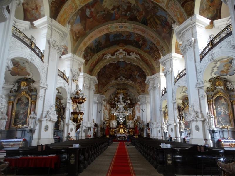 Dzień VI - Wnętrze Klasztoru