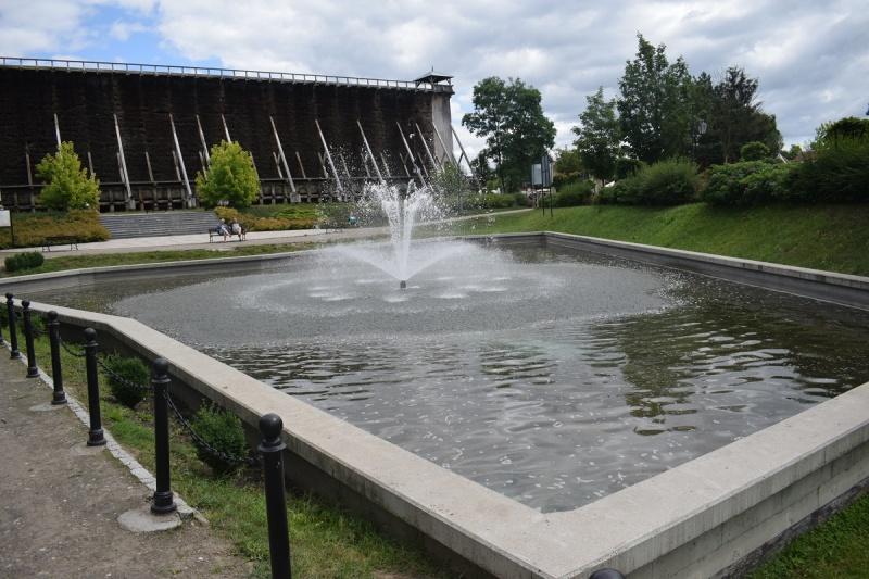Zmieniająca kształty fontanna (fot. PJ)