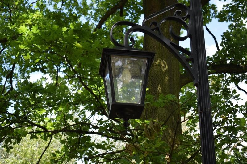 Magiczna latarnia w Parku Zdrojowym (fot. PJ)