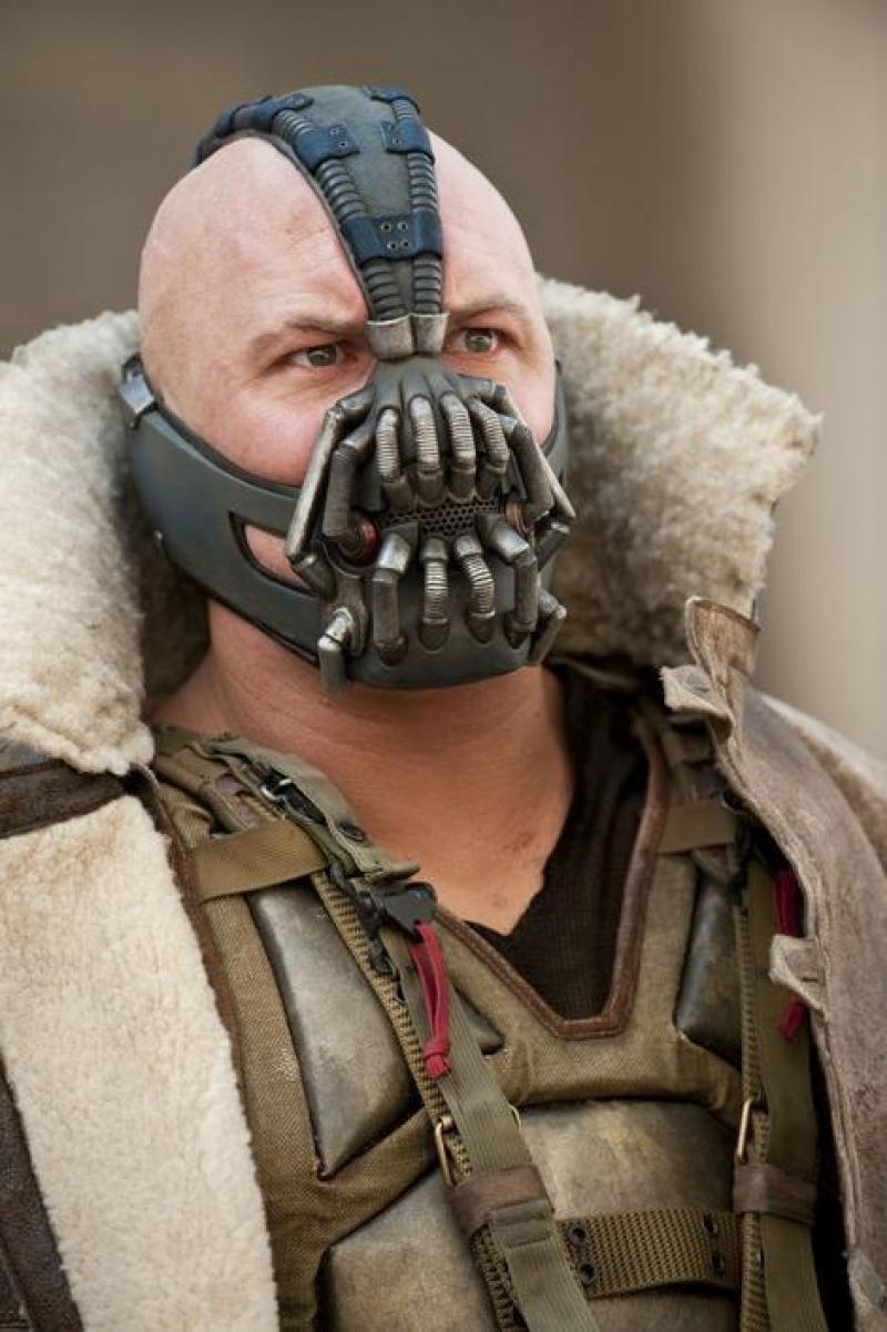 Tom Hardy jak Bane (źródło: wikia.nocookie.net)