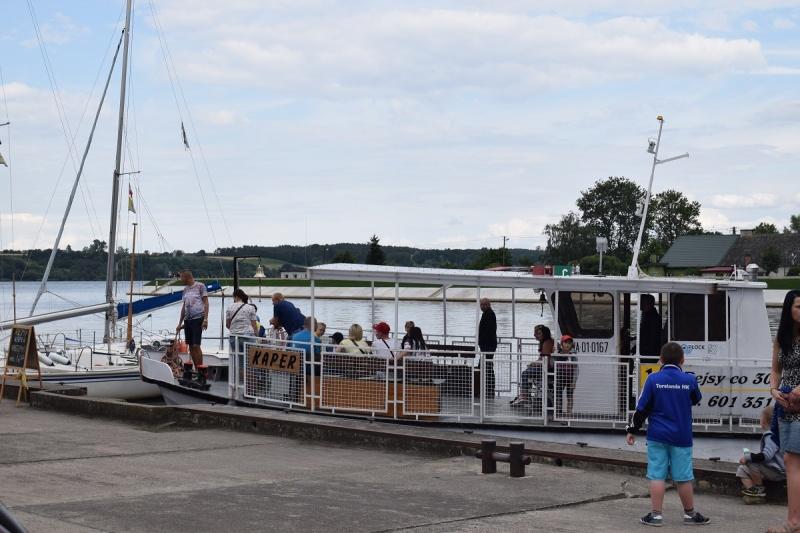 Nowy Duninów - Port Jachtowy - statek wycieczkowy (fot. PJ)