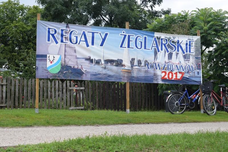 Nowy Duninów - reklama Regat Żeglarskich (fot. PJ)