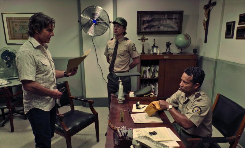 """Kadr z filmu """"Barry Seal: Król przemytu"""" (źródło: materiały prasowe)"""